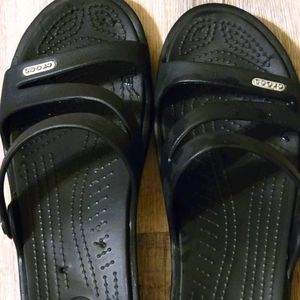 Croc sandels